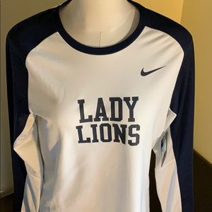 NWT Penn State Women's Basketball Top